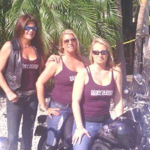 daytime girls on bike-400